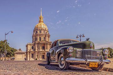 klassischer alter Cadillac in Paris von Patrick Löbler