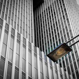 De Rotterdam en lantaarnpaal van Patrick Verhoef
