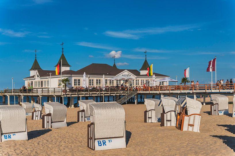 Ahlbeck Pier, Germany van Gunter Kirsch