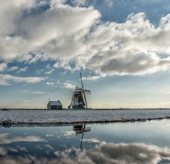 Meel- en pelmolen De Koker, Wormer, Noord-Holland, Nederland van Rene van der Meer