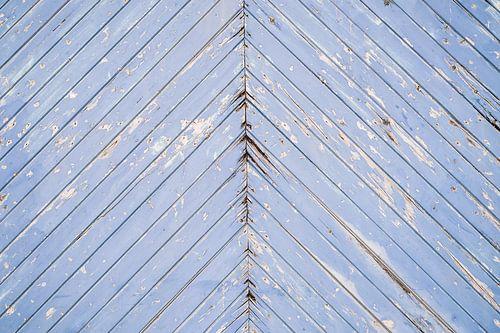 Blauwe verweerde houten deur
