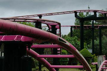 Achtbaanrails von Willem van den Berge