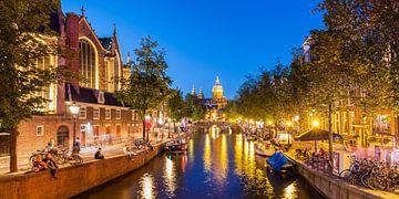 De Oude Kerk van Amsterdam van Werner Dieterich