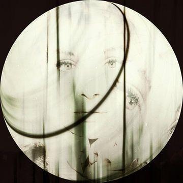 Gezicht van de vrouw - Silhouette van Christine Nöhmeier