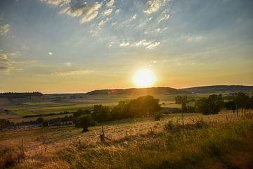 Zonsondergang in Frankrijk van Maria-Maaike Dijkstra