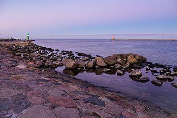 Mole on the Baltic Sea coast in Warnemuende van