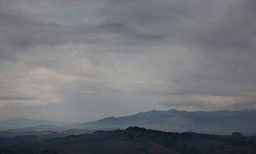 Toscaanse wolken von Guido Akster