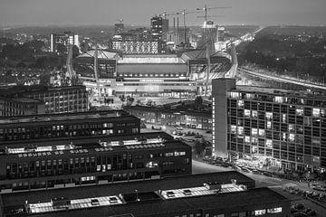Philips Stadion vanuit de hoogte in zwart-wit van Mitchell van Eijk