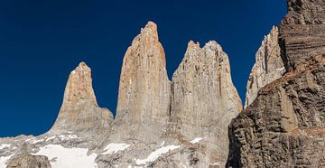 Toppen van Torres del Paine van Ronne Vinkx