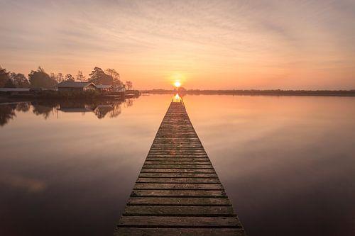 Bridge to the Sun von Wil de Boer