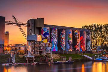 Silo's  Tramkade te Den Bosch tijdens Gouden Uurtje van Rob Hendriks Fotografie