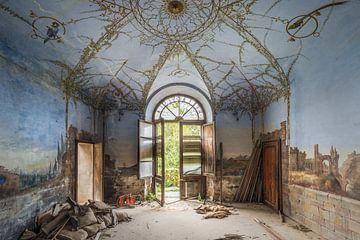 verlaten huisje met beschildering van Kristof Ven