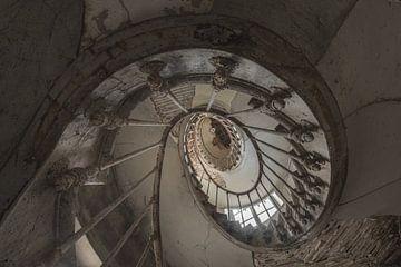 Die Spirale nach oben von Perry Wiertz