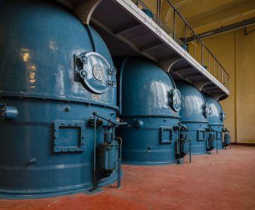 Binnenzijde ventilatiegebouw Maastunnel van Willem van den Berge