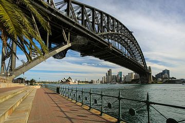 Sydney Harbour Bridge in Australie van Marcel van den Bos
