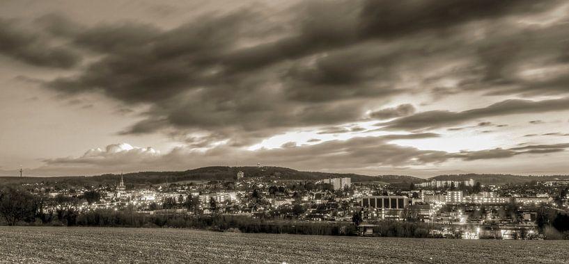 Skyline Vaals zwart-wit van John Kreukniet