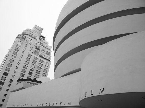 Guggenheim Museum New York in zwart wit van Michèle Huge