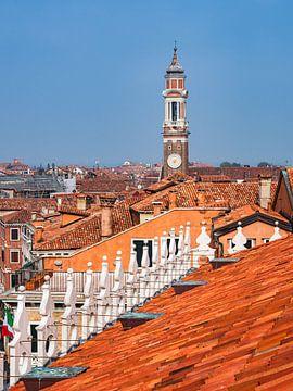 Blick über die Dächer in Venedig, Italien von Rico Ködder