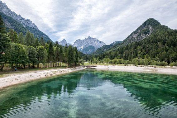 Lake Jasna Slovenie van Cynthia van Diggele