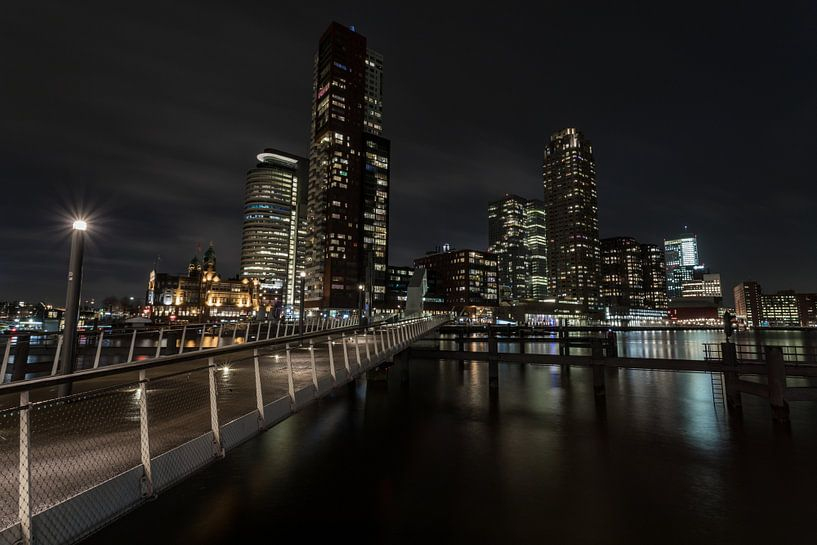 Rotterdam 's avonds in kleur van Albert Mendelewski