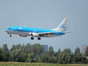 KLM vliegtuig klaar voor de landing