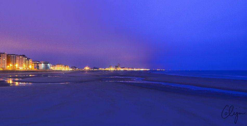 Zeedijk oostende tijdens blauwe uur van colijn verkempinck for Colijn interieur