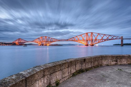 Forth Bridge near Edinburgh van Michael Valjak