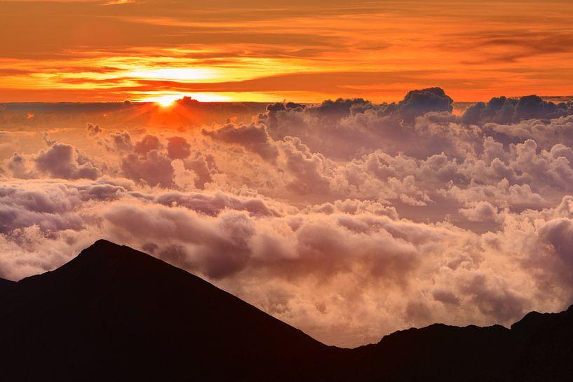 Sunrise Haleakala National Park - Maui van Henk Meijer Photography