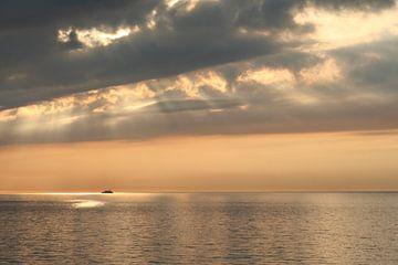 zonsondergang in volle zee sur Johan Töpke