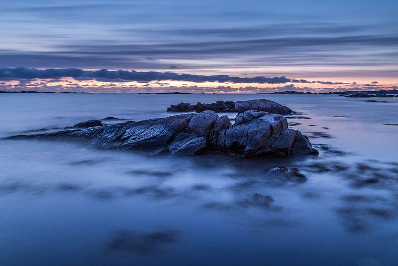 Norway Beach 3 van Tom Opdebeeck