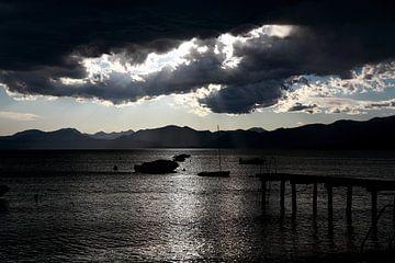 Donkere wolken van Wytze Plantenga