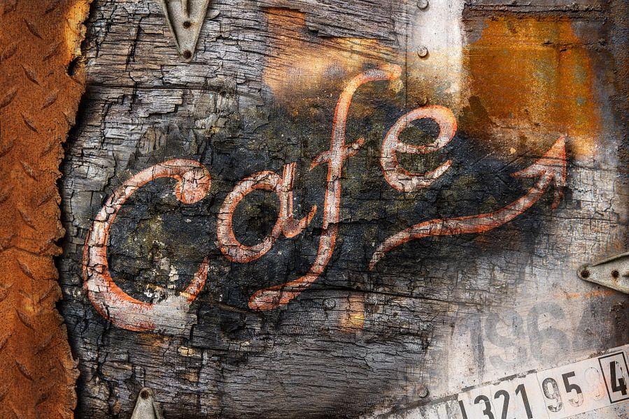 Café of decay