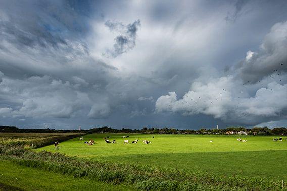 Une forte tempête au-dessus de Schiermonnikoog