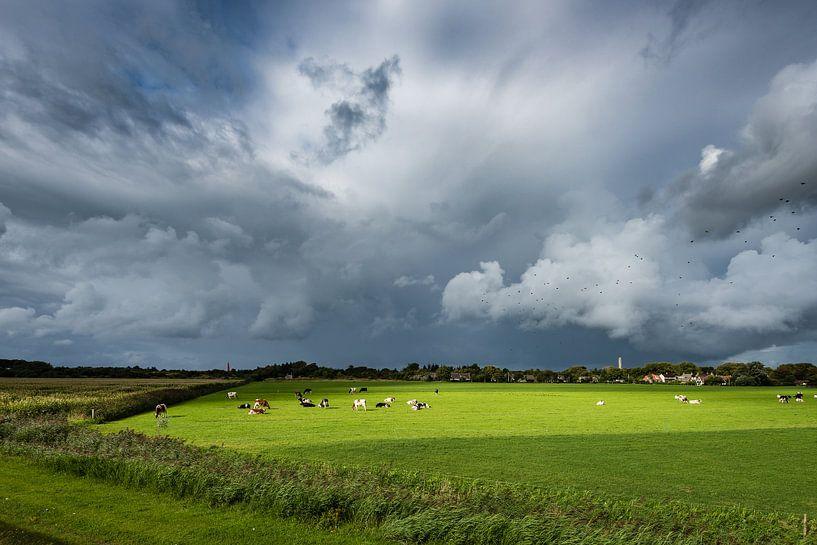 Une forte tempête au-dessus de Schiermonnikoog sur John Verbruggen