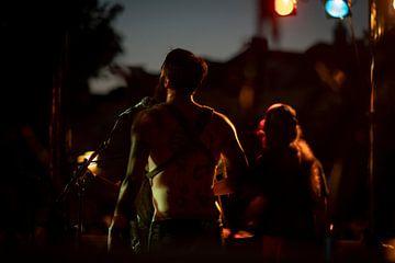 Percussionist im Rampenlicht von Customvince | Vincent Arnoldussen
