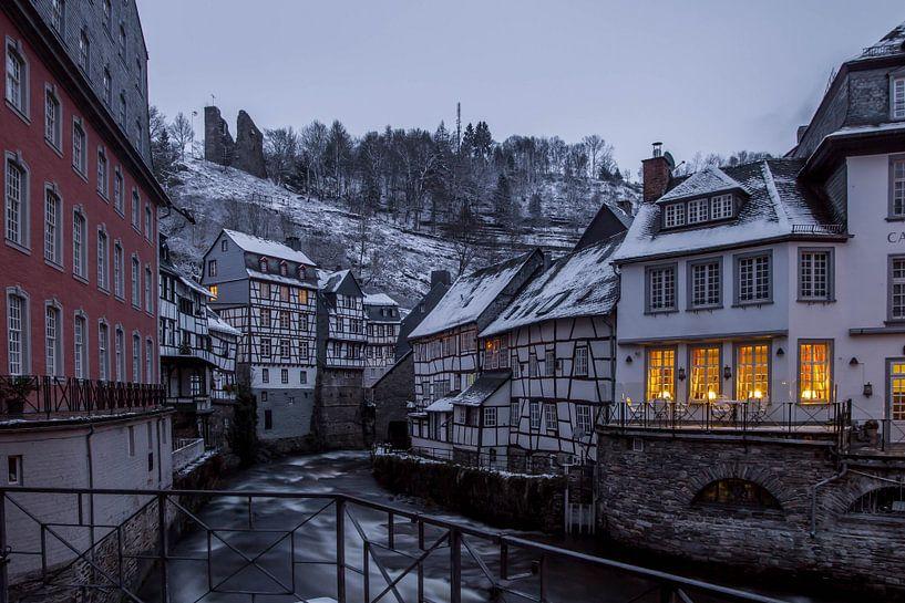 Monschau in de winter van Eus Driessen