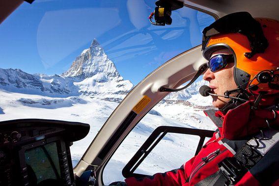 Rettungspilot am Matterhorn