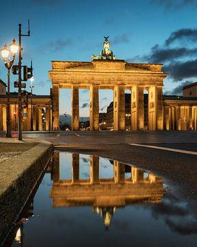 Réflexion sur la Porte de Brandebourg sur Stefan Schäfer