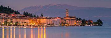 Panorama van Salo, Gardameer, Italië van Henk Meijer Photography