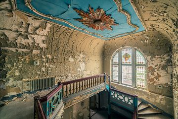 goldenes Treppenhaus von Michael Schwan