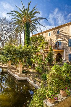 Zoon Marroig tuin en herenhuis, Mallorca van Christian Müringer