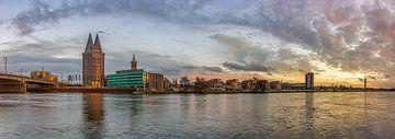 Skyline Roermond in de namiddag I van Teun Ruijters