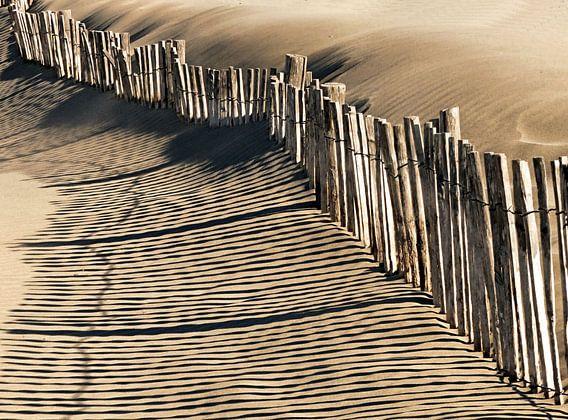 Strandschaduwen van Ben Hell