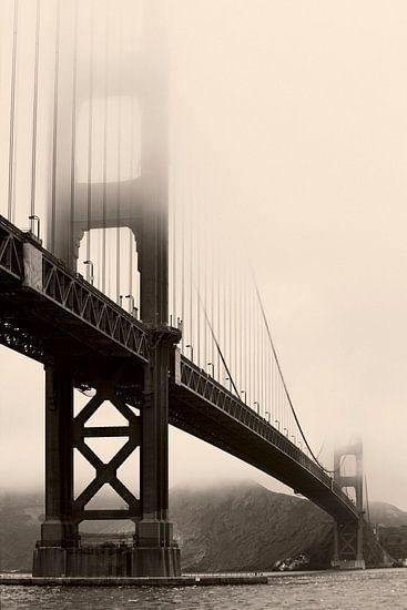 The misty gate