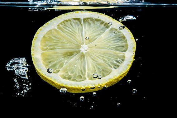 Zitronenscheibe van Heinz Grates