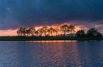 Zonsondergang (Donderen - Nederland) van Marcel Kerdijk
