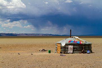 Jurte in der mongolischen Steppe von Roland Brack