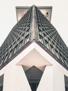 Amsterdam Toren #1 van Roger Janssen