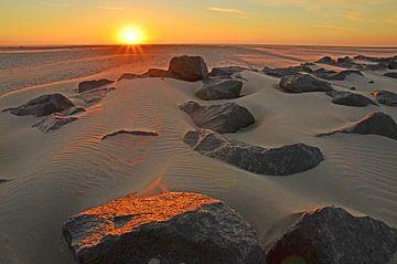 Sonnenuntergang am Lange-Damm von Wim van der Geest