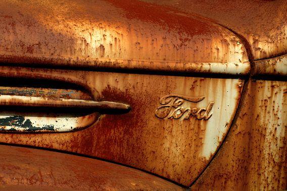 Detail van roestige oude Ford
